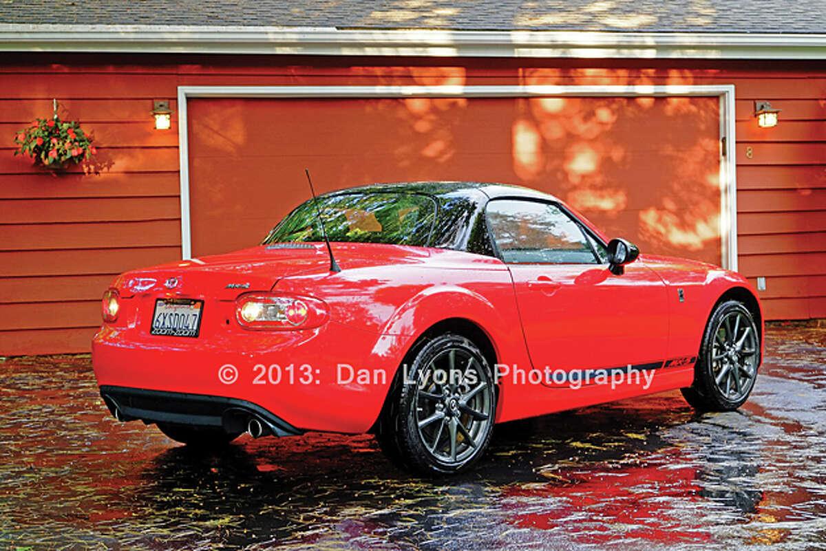 2013 Mazda MX-5 Miata Club PRHT (photo by Dan Lyons)