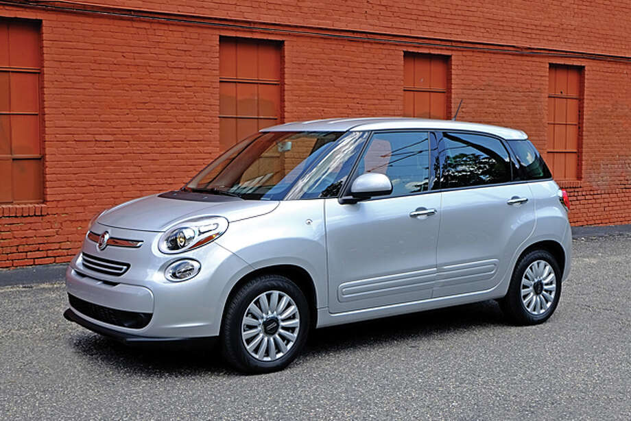 2014 Fiat 500L (photo by Dan Lyons) / copyright: Dan Lyons - 2013