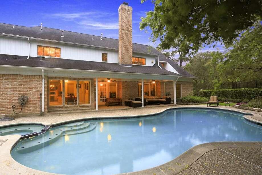 590 Magnolia Cir, HoustonWouldn't he love this pool?