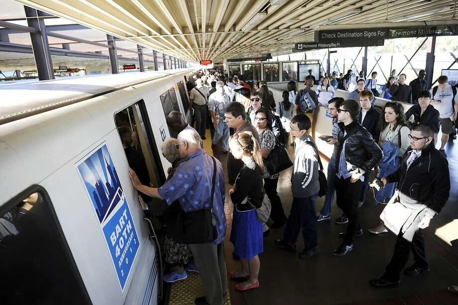 BART set a weekend-day ridership record Saturday. Photo: Michael Short, Special To The Chronicle