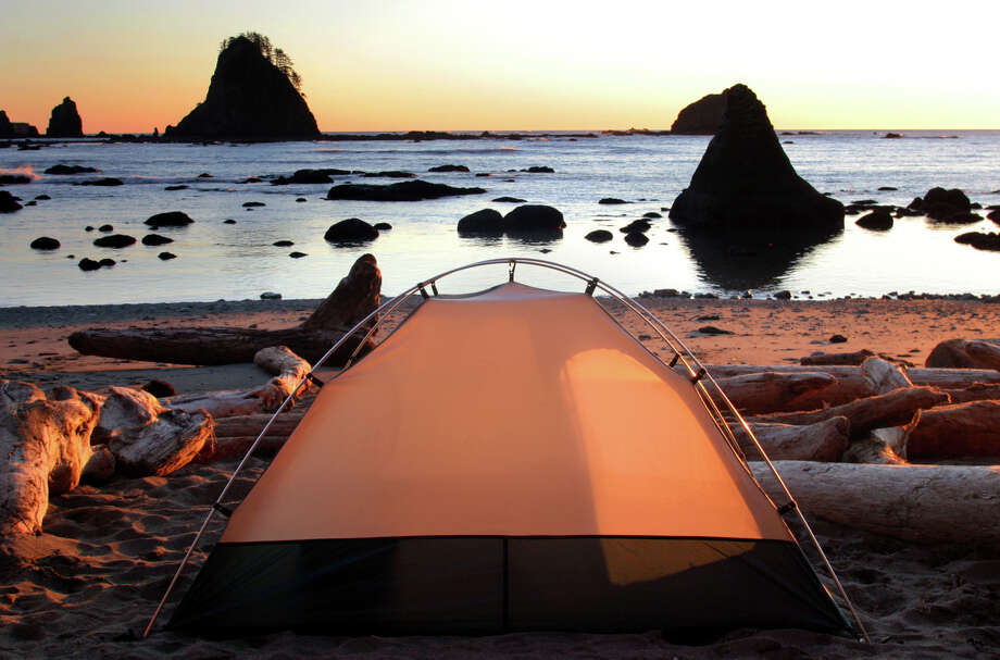 A campsite offers an amazing view during sunset from Chilean Memorial Monument in the Olympic National Park on the coast of Washington. Photo: JOSHUA TRUJILLO, SEATTLEPI.COM