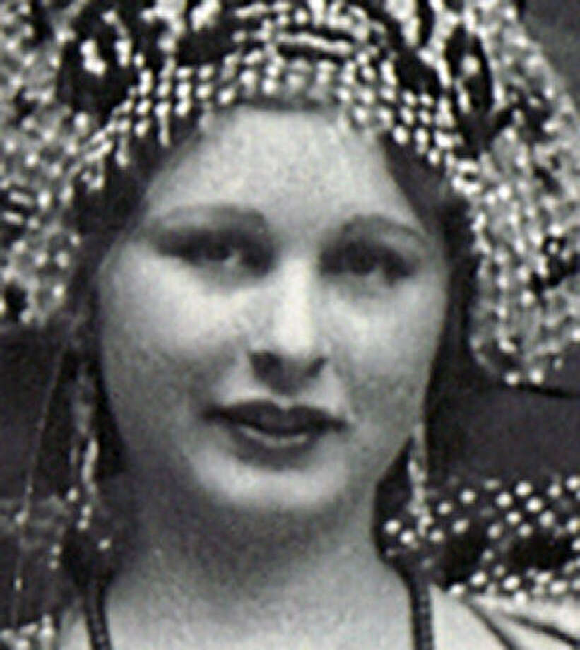 Gertrude Thomae King was Mardi Gras queen in Piedras Negras in 1933.