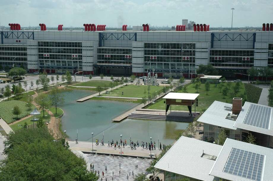 The George R. Brown Convention Center offers more than 1 million square feet of meeting, registration and convention space. Discovery Green downtown park, which opened in April 2008, is across the street  from the convention center. Photo: GHCVB