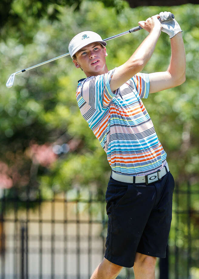 It was a long, hot day for Reagan senior Conner Bjugstad, who won the boys championship division of the Greater S.A. Junior Match Play Championship. Photo: Marvin Pfeiffer / San Antonio Express-News