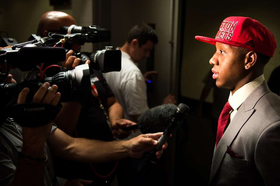 Isaiah Canaan, the 34th pick of the NBA draft, addresses the media during a press conference.