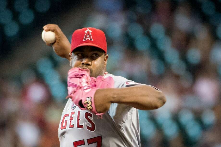 Angels starter Jerome Williams  pitches during the first inning.