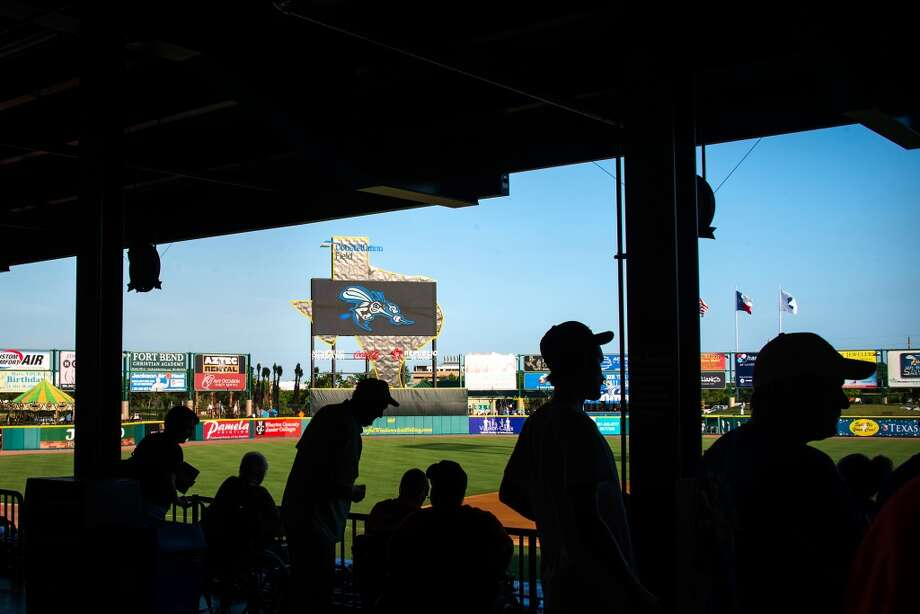 Fans arrive to watch the Skeeters play the York Revolution. Photo: Smiley N. Pool, Houston Chronicle