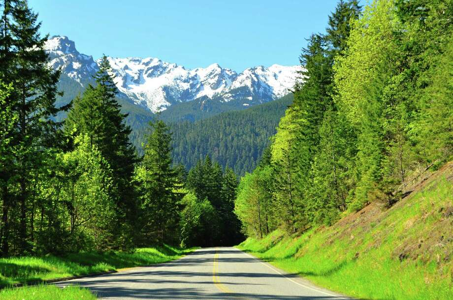 Road to Hurricane Ridge Photo: Sandy L. Kirkner, Getty Images/Flickr RF / Flickr RF
