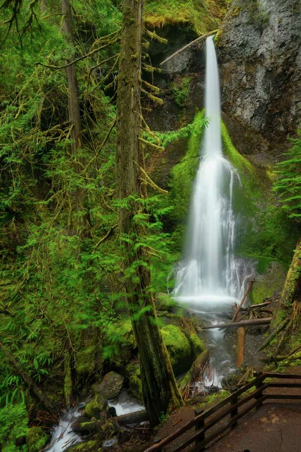 Marymere Falls Photo: Gary Weathers, Getty Images/Tetra Images RF / Tetra images RF