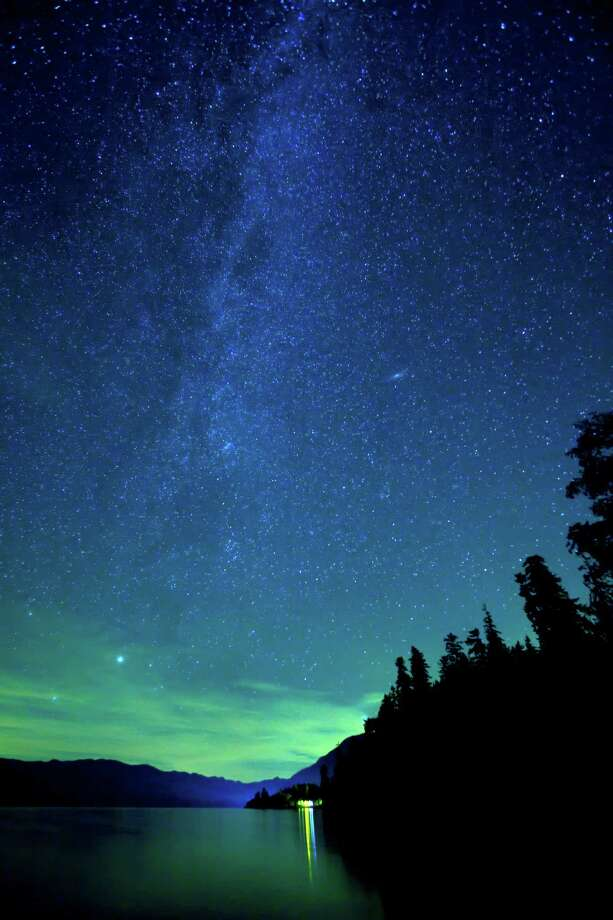 Lake Quinault under night sky Photo: Don Paulson Photography, Getty Images/Purestock / Purestock