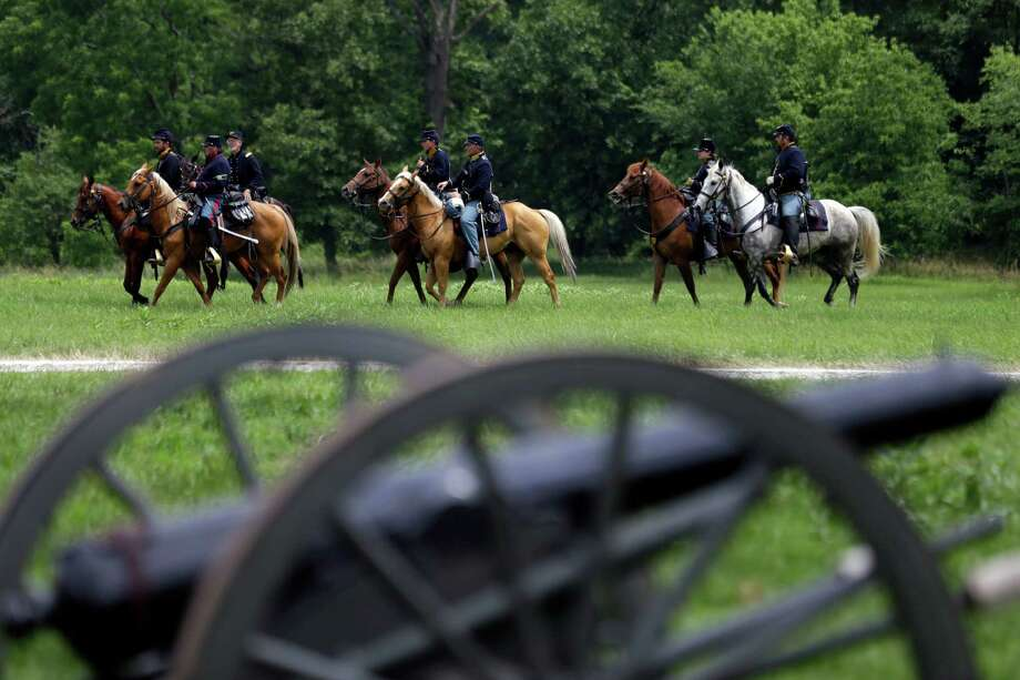 Mounted Union reenactors drill during ongoing activities commemorating the 150th anniversary of the Battle of Gettysburg, Thursday, June 27, 2013, in Gettysburg, Pa. Photo: Matt Rourke, Associated Press / AP