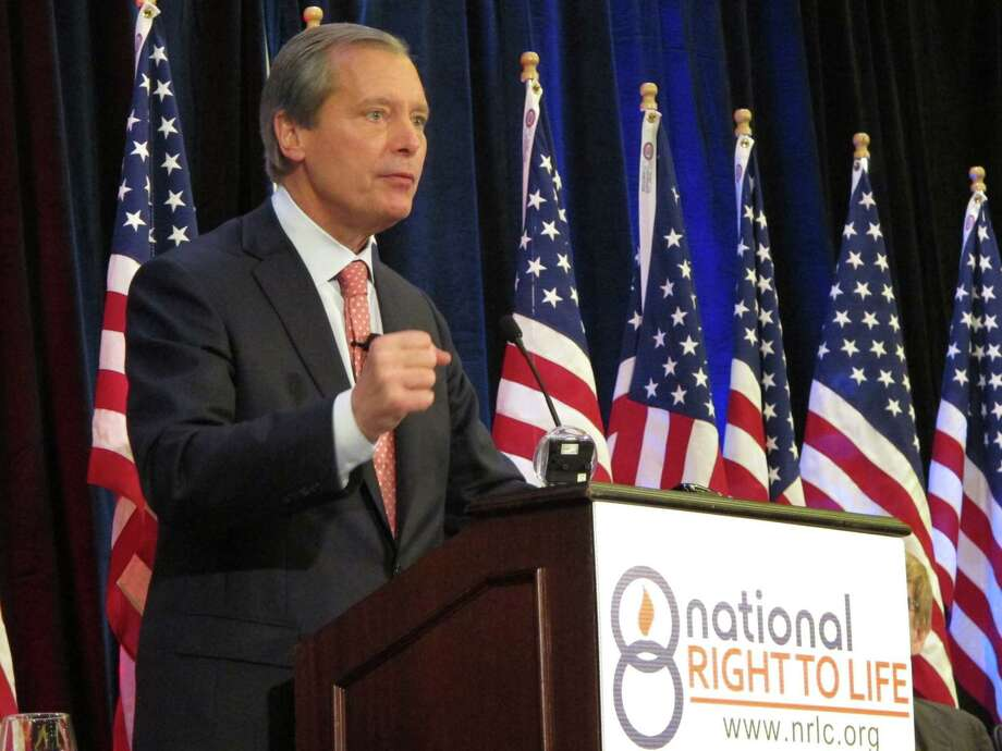 "Lt. Gov. David Dewhurst said he'll keep the abortion bill out of ""filibuster range"" this time. ""No human being can talk for two weeks. This bill is going to pass,"" he said. Photo: Nomaan Merchant / Associated Press"