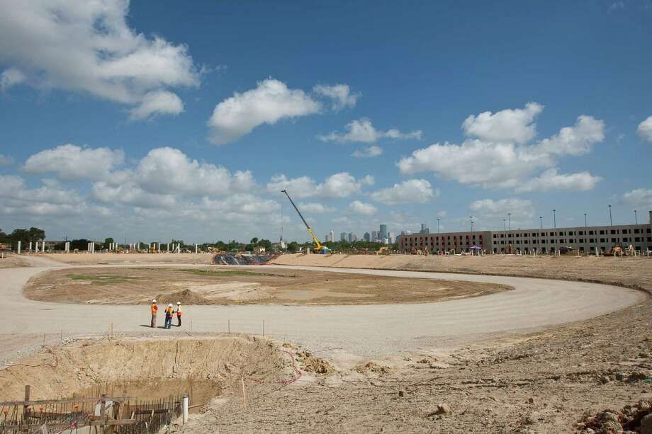 Construction is well underway on the University of Houston's 40,000-seat, on-campus football stadium, which is scheduled to open in August 2014. Photo: Nick De La Torre, Staff / © 2013  Houston Chronicle
