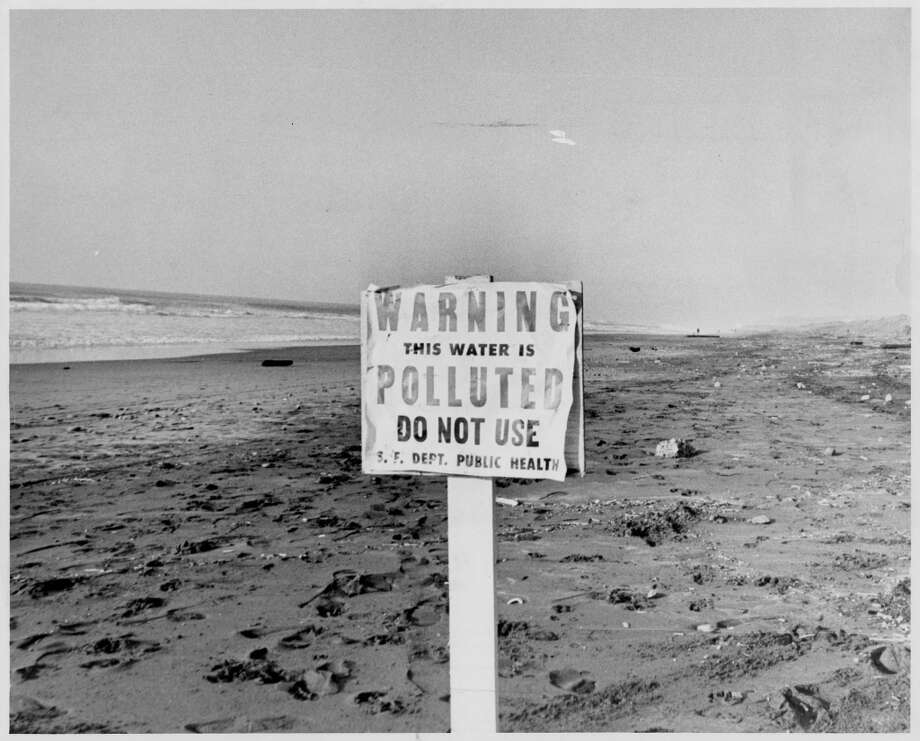 Polluted water sign at Ocean Beach, Ft. Ulloa St. December 12, 1967.