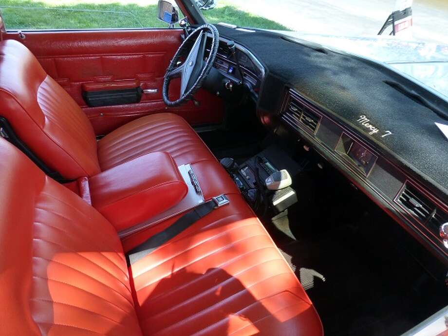 Driver's area of the 1972 Cadillac ambulance. Somehow, this ambulance looked more svelte than the boxy minivans used today.