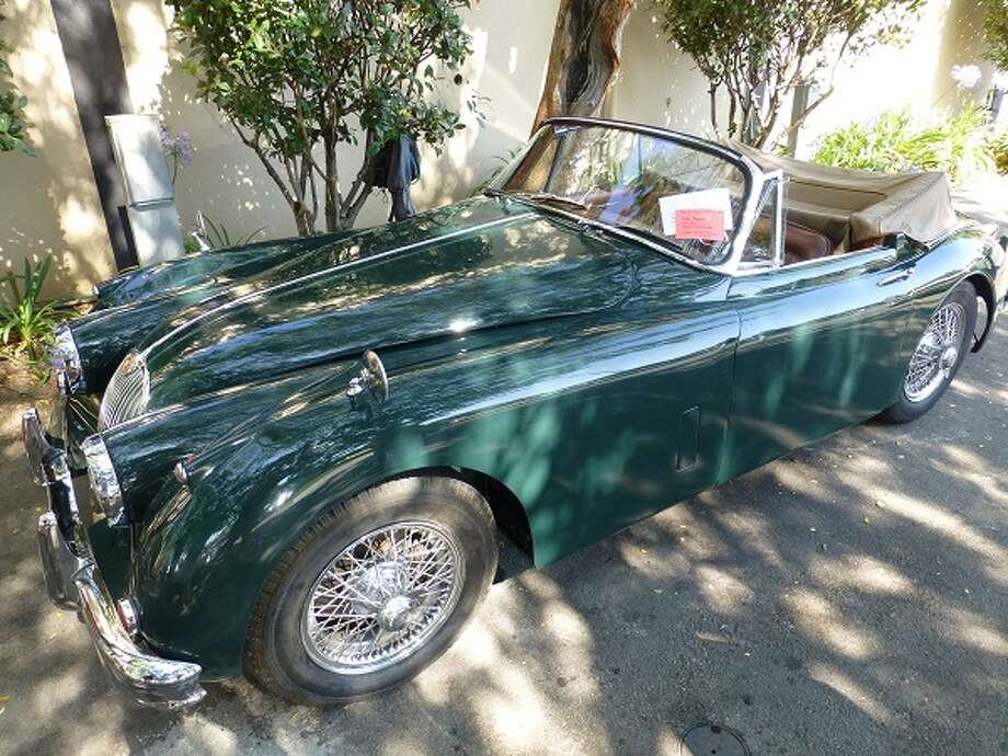1959 Jaguar XK150 drophead coupe. Owners: Victor and Marjorie Garlin.