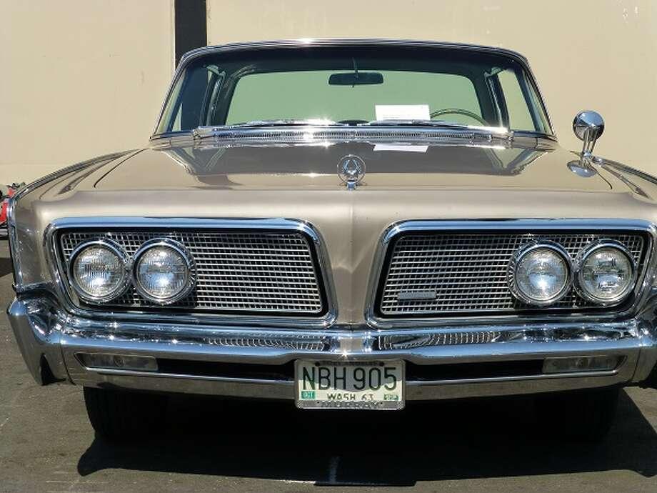 1964 Chrysler Imperial Crown. Owner: William Peachee.