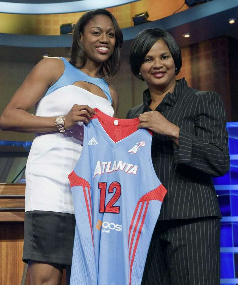 Tiffany Hayes led Atlanta with 19 points, helping the Dream improve to a WNBA-best record of 10-1.