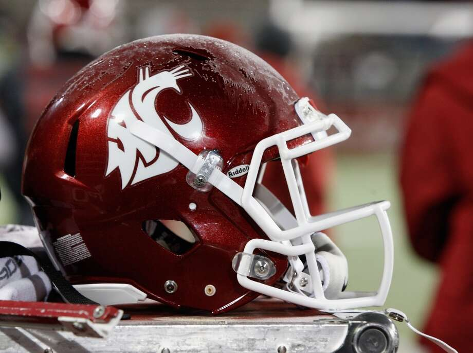 2013 WSU Cougars: 10 things to watch For a team that has been marred in mediocrity for the better part of a decade -- and that's putting it kindly -- the 2013 WSU Cougars have something to prove. A year ago, many expected incoming coach Mike Leach to lead the Cougs to a renaissance season and a bowl appearance -- that obviously didn't happen as the team finished just 3-9. However, 2013 brings a new slate of measured optimism. Despite the team's bleak past, look for the Cougars to turn some heads this season. Scroll through our list to see the keys to a successful 2013 Cougar campaign.