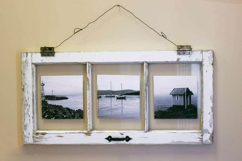 Natural frames for photos and art. Photo via The Epic Times.com