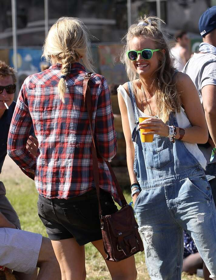 GLASTONBURY, ENGLAND - JUNE 29:  Cressida Bonas (R), Price Harry's girlfrend, attends day 3 of the 2013 Glastonbury Festival at Worthy Farm on June 29, 2013 in Glastonbury, England.  (Photo by Danny Martindale/WireImage)