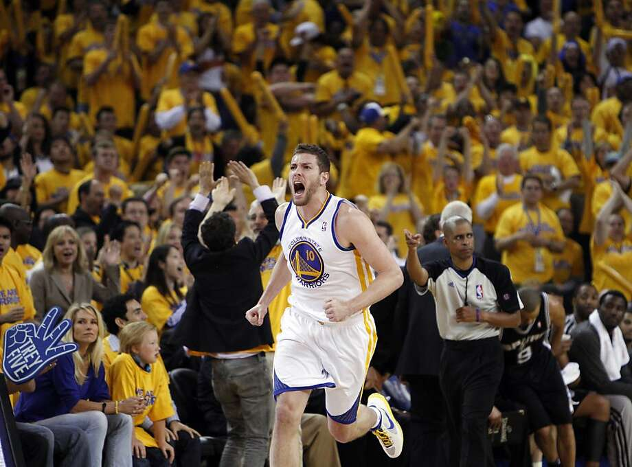 David Lee reacts to a turnover that went the Warriors' way in the second half.  The Golden State Warriors played the San Antonio Spurs in Game 6 of the Western Conference Semifinals at Oracle Arena in Oakland, Calif., on Thursday, May 16, 2013, losing 94-82. Photo: Carlos Avila Gonzalez, The Chronicle