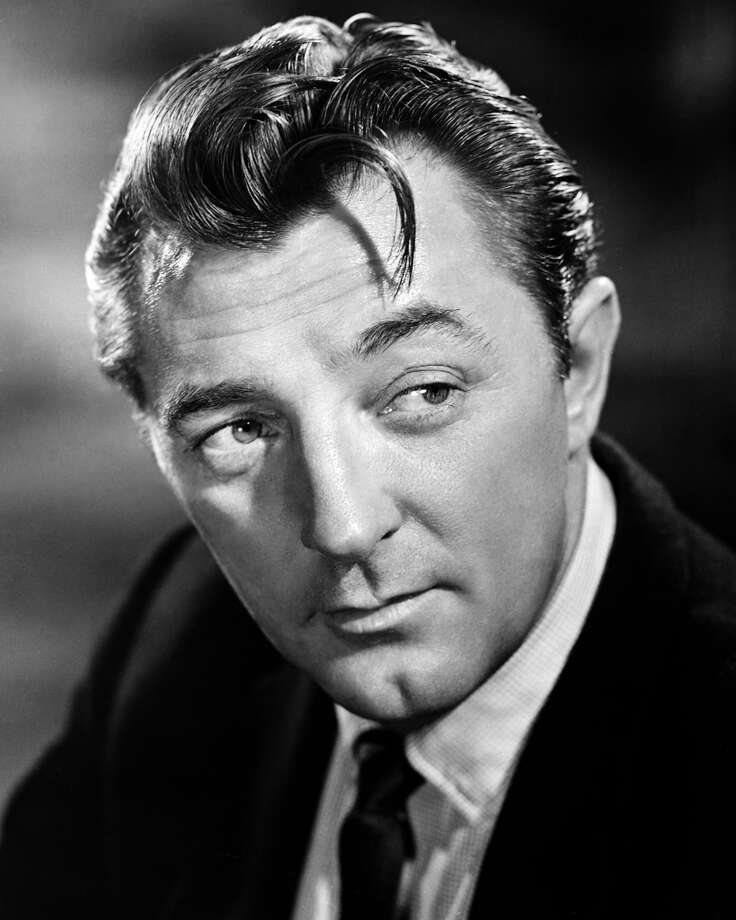 American actor Robert Mitchum (1917 - 1997), circa 1955. (Photo by Silver Screen Collection/Hulton Archive/Getty Images)
