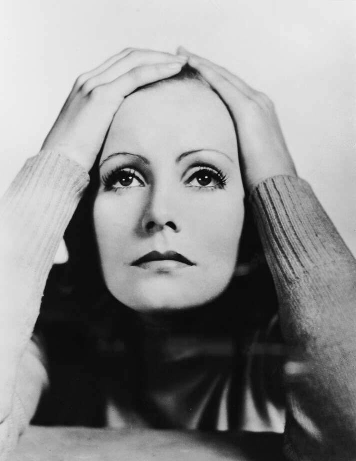 Swedish actress Greta Garbo (1905 - 1990), circa 1929. (Photo by General Photographic Agency/Hulton Archive/Getty Images)