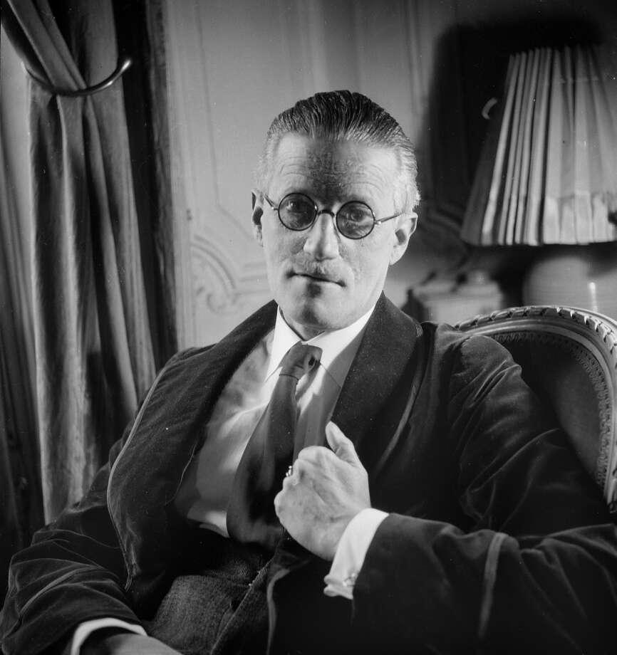 FRANCE - 1934:  James Joyce (1882-1941), Irish writer. Paris, 1934.  (Photo by Lipnitzki/Roger Viollet/Getty Images)