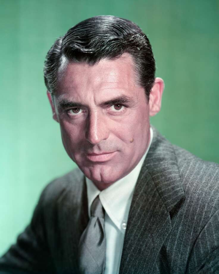 English-born actor Cary Grant (1904 - 1986), circa 1955. (Photo by Silver Screen Collection/Getty Images)