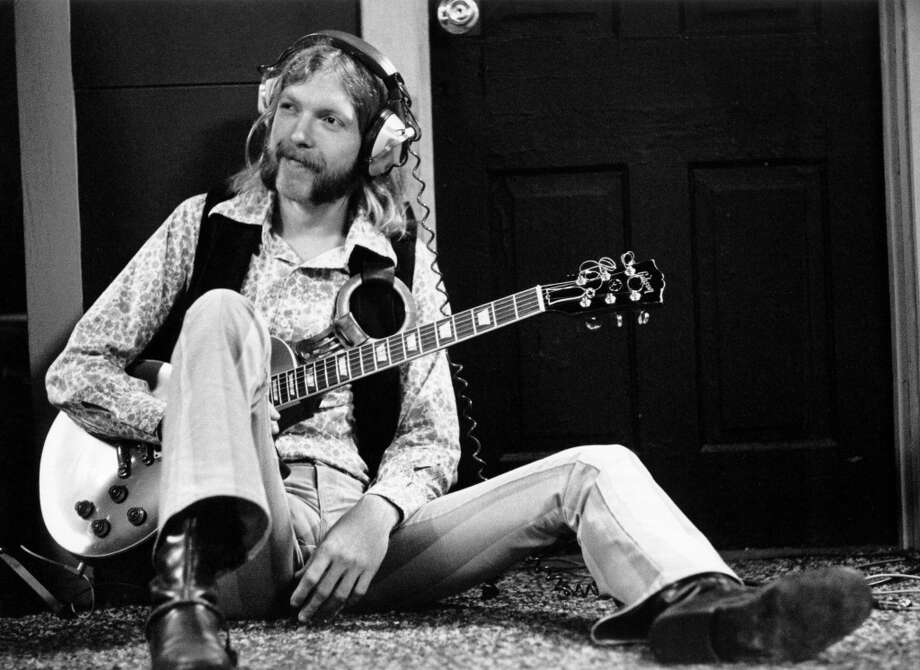 Guitarist Duane Allman of the Southern rock group the 'Allman Brothers' holds his Gibson Les Paul electric guitar at Muscle Shoals Studios on September 23, 1969 in Sheffield, Alabama. (Photo by Michael Ochs Archives/Getty Images)