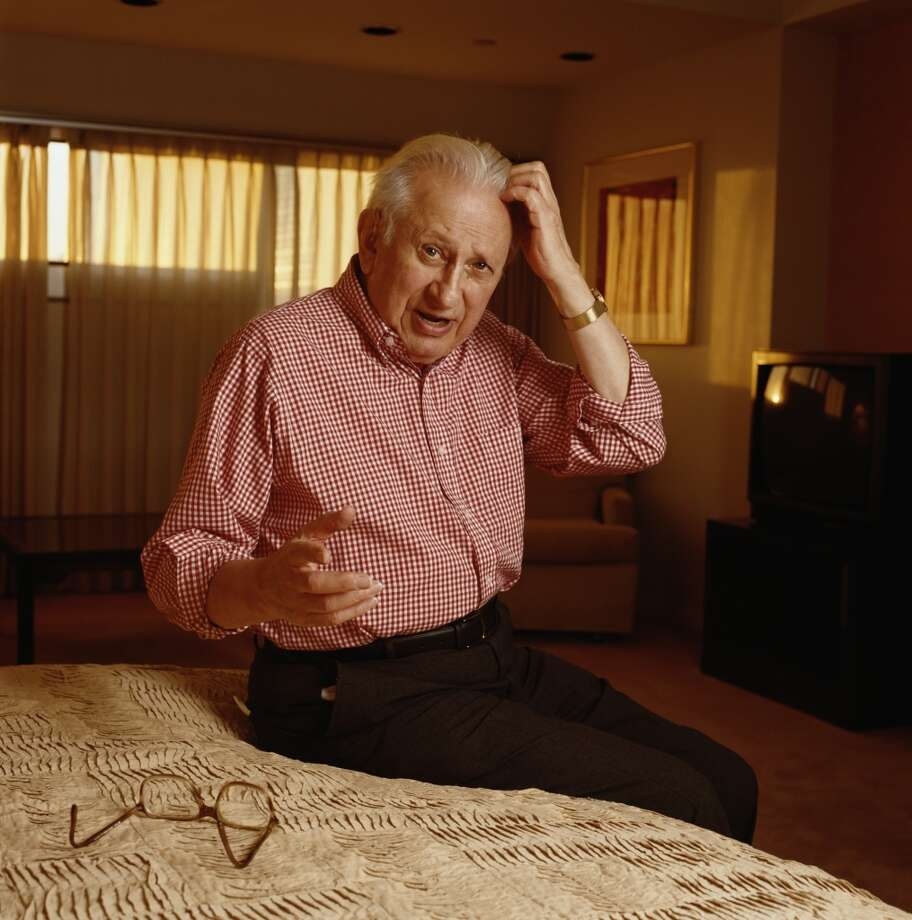American historian, writer and broadcaster Studs Terkel (1912 - 2008), circa 1990. (Photo by Nancy R. Schiff/Getty Images)