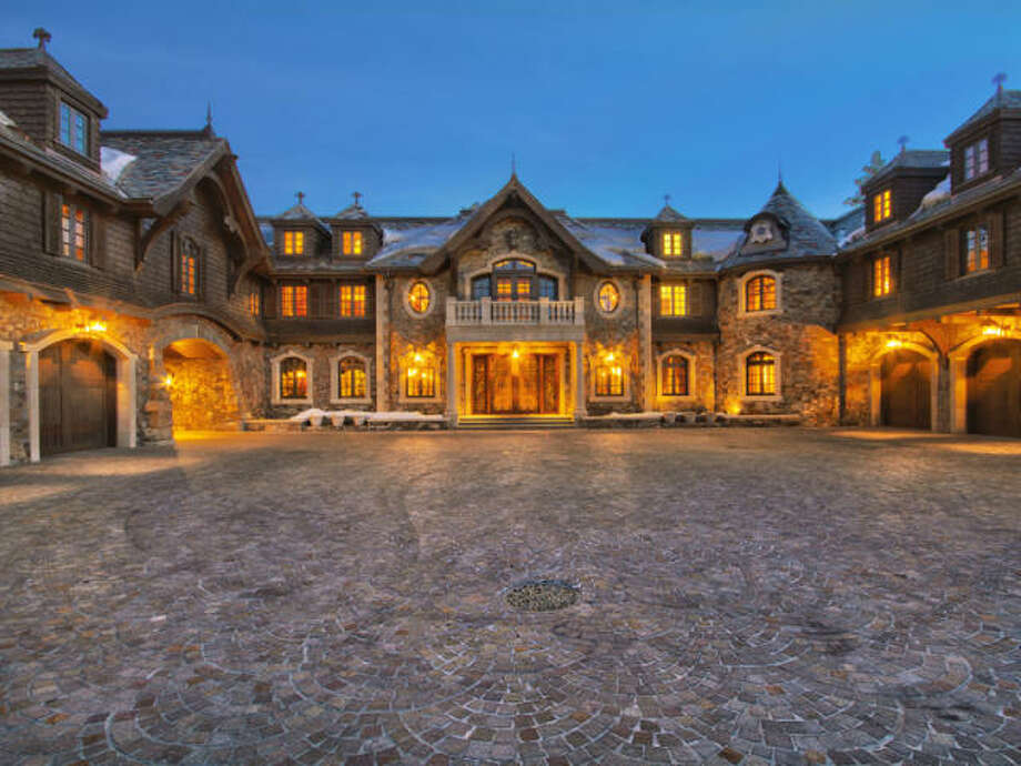 And so it begins: a gothic scene of evening grandeur. Photos via Trulia/MLS/Sotheby's