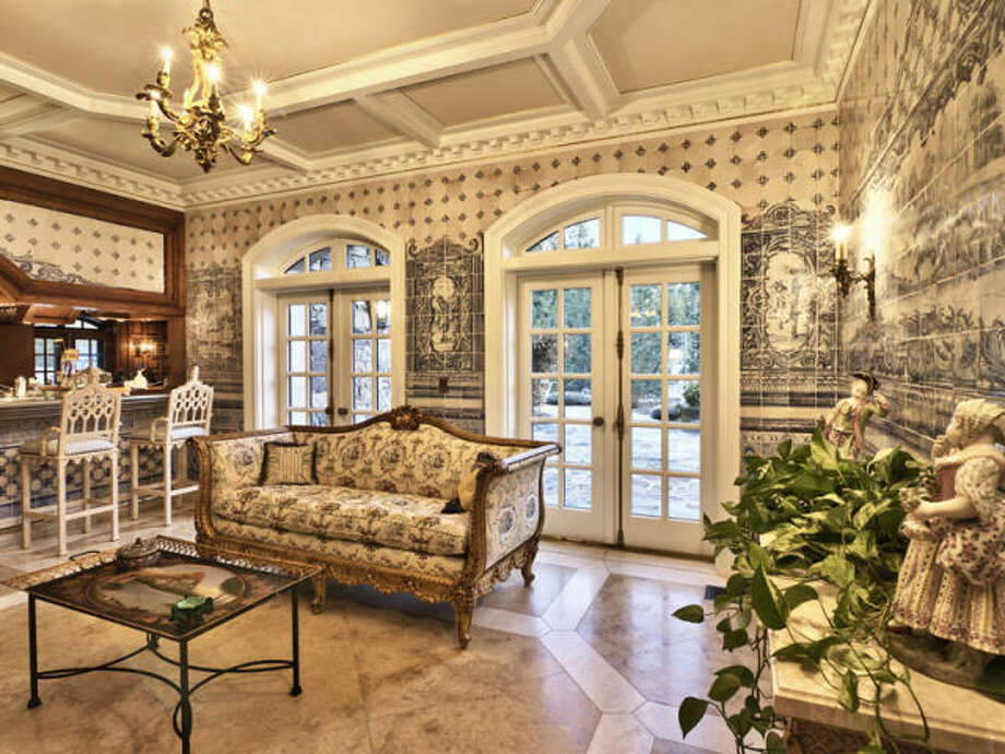 Conservatory. Photos via Trulia/MLS/Sotheby's