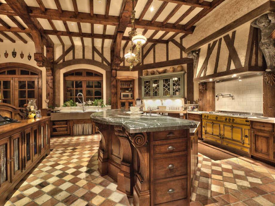 Kitchen area. Photos via Trulia/MLS/Sotheby's