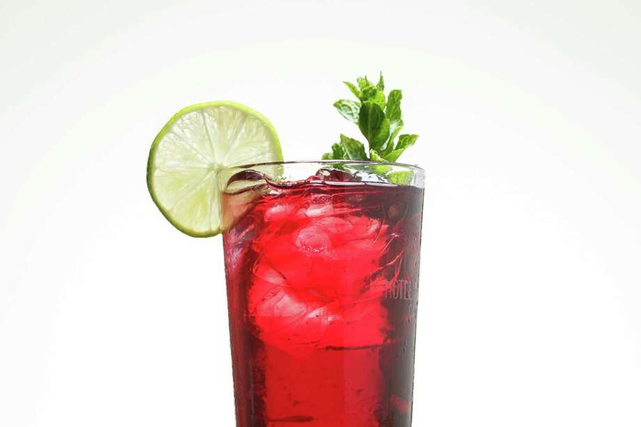 """Sol y Sombra"" sangria by Alba Huerta. Photo: Michael Paulsen, Houston Chronicle / © 2013 Houston Chronicle"