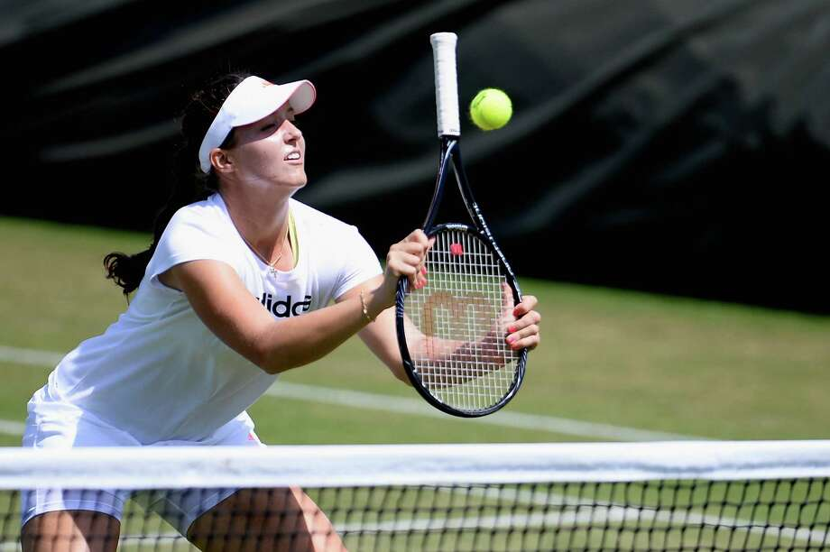 LONDON, ENGLAND - JUNE 30:  Laura Robson of Great Britain in action during a training session on Middle Sunday at Wimbledon on June 30, 2013 in London, England.  (Photo by Dennis Grombkowski/Getty Images) *** BESTPIX *** ORG XMIT: 159929434 Photo: Dennis Grombkowski, Getty / 2013 Getty Images