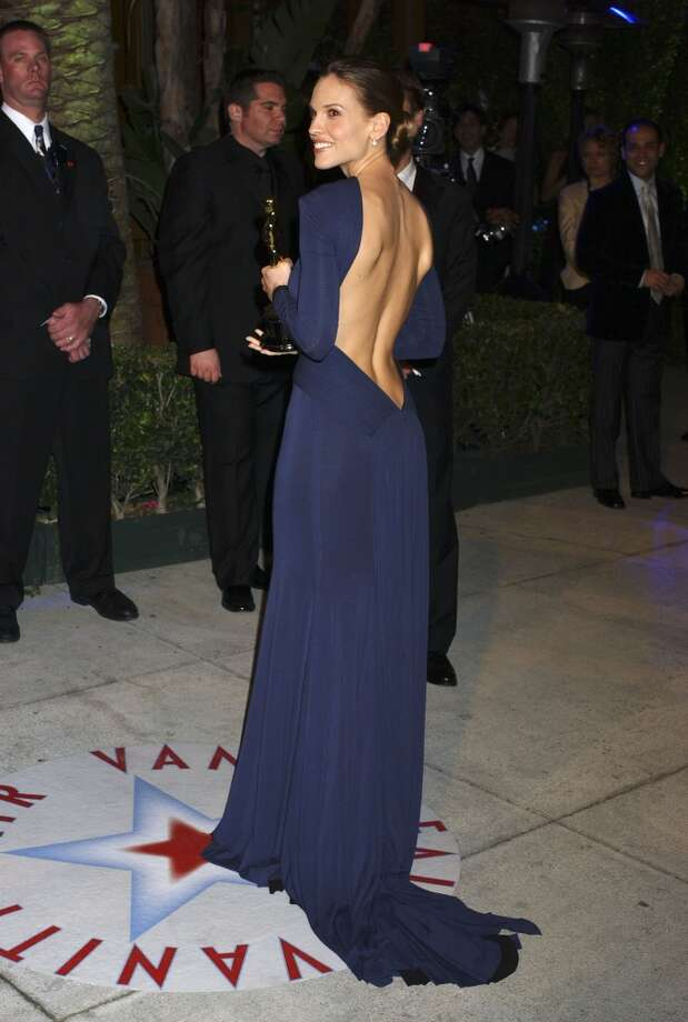 Hilary Swank during 2005 Vanity Fair Oscar Party - Arrivals at Mortons in Los Angeles, California, United States. (Photo by Gregg DeGuire/WireImage)