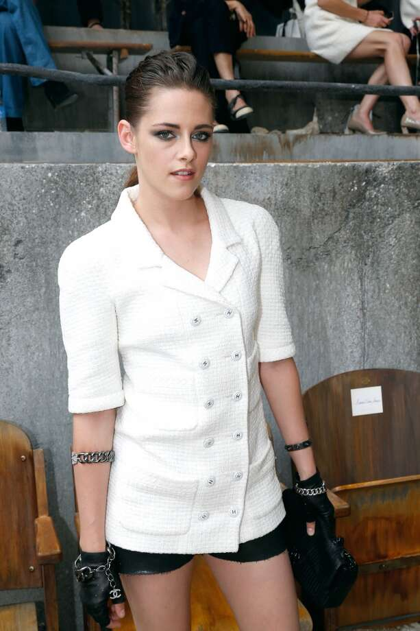 PARIS, FRANCE - JULY 02:  Actress Kristen Stewart attends the Chanel show as part of Paris Fashion Week Haute-Couture Fall/Winter 2013-2014 at Grand Palais on July 2, 2013 in Paris, France.  (Photo by Bertrand Rindoff Petroff/Getty Images)