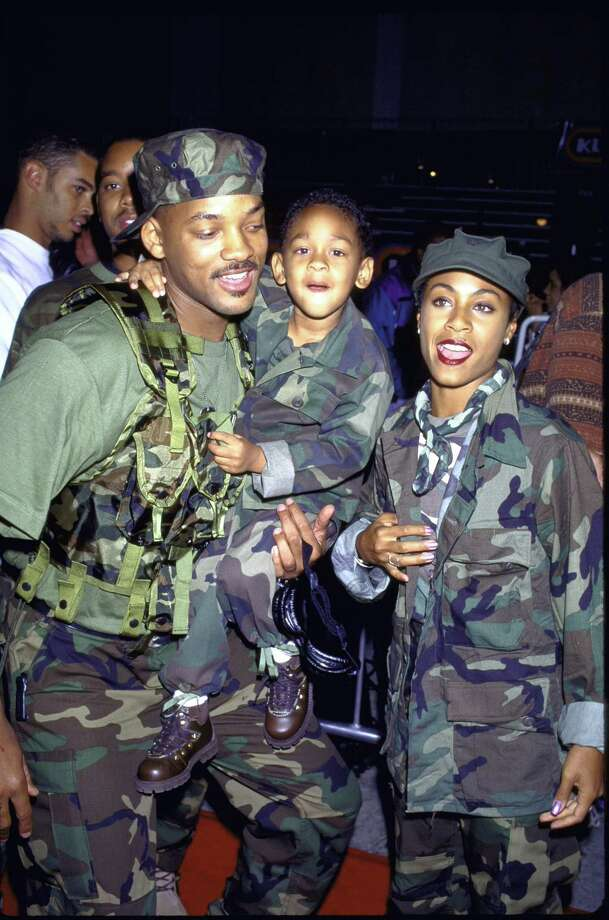 "1995 -- Will and Jada, kicking it for the ""Independence Day"" premiere. Not pictured, pilot/president Bill Pullman. Photo: Mirek Towski, Getty Images / Time Life Pictures"