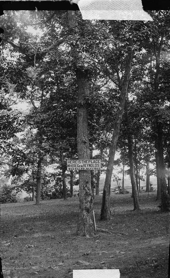 circa 1865: A sign at Gettysburg, Pennsylvania, marking the place where General John F. Reynolds of the Union Army was supposedly killed on 1st July 1863,  during the Battle of Gettysburg. Photo: Library Of Congress, Getty Images / Archive Photos