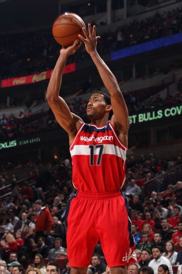 Garrett Temple  Re-signed with Washington Wizards Photo: Gary Dineen, NBAE Via Getty Images