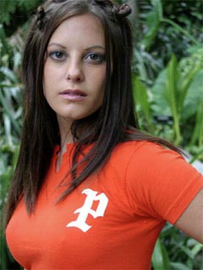 Mary Beth Decker of Humble: Road Rules: South Pacific, Season 12 (2003)