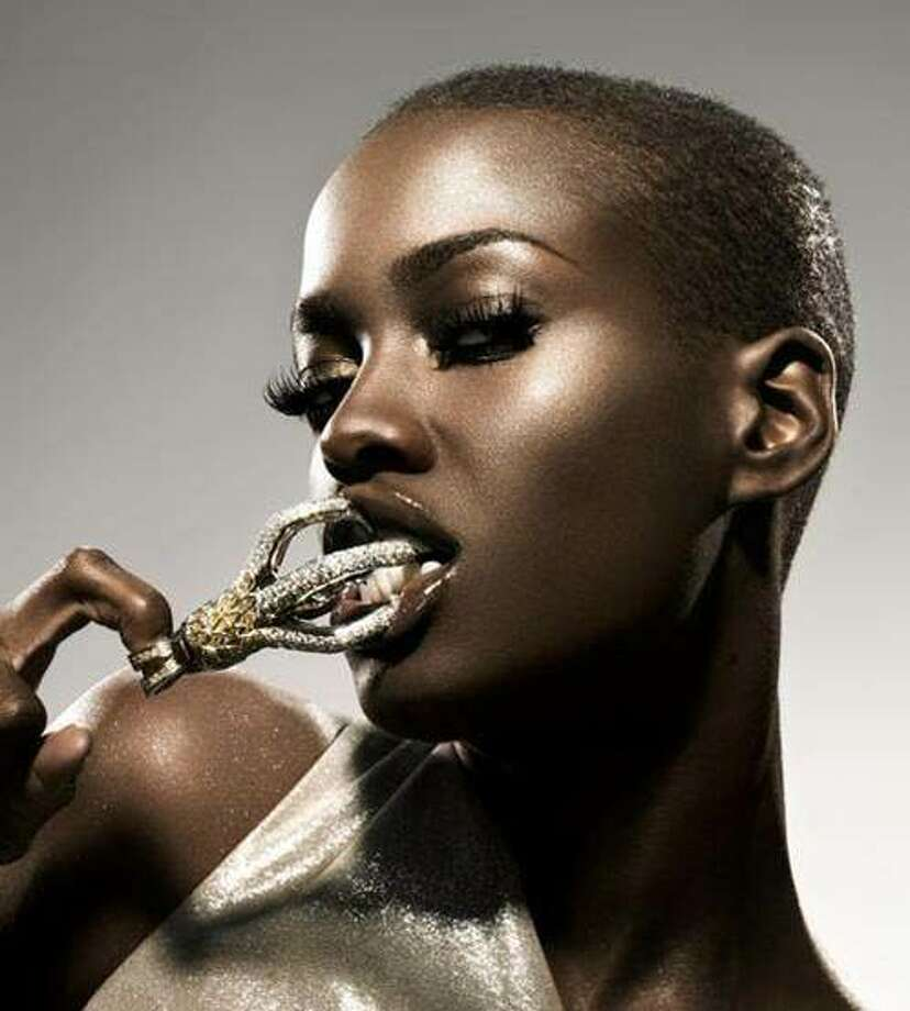 Nnenna Agba was born in Houston before moving to Nigeria: America's Next Top Model, Cycle 6 (2006)