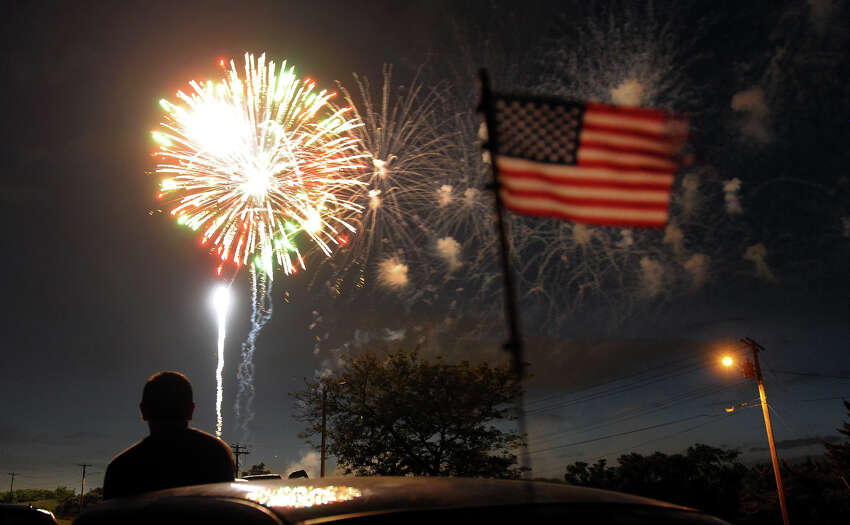 Many Connecticut towns will be celebrating July Fourth early this year, with weekend fireworks shows. Click through the slideshow to find a show in your area.