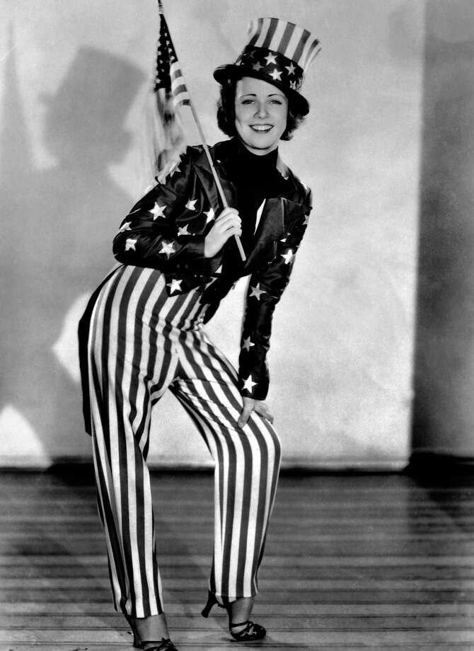 Actress Gloria Shea rehearsing in New York to celebrate the nation's birthday on July 4, 1932. Photo: Keystone-France, Gamma-Keystone Via Getty Images