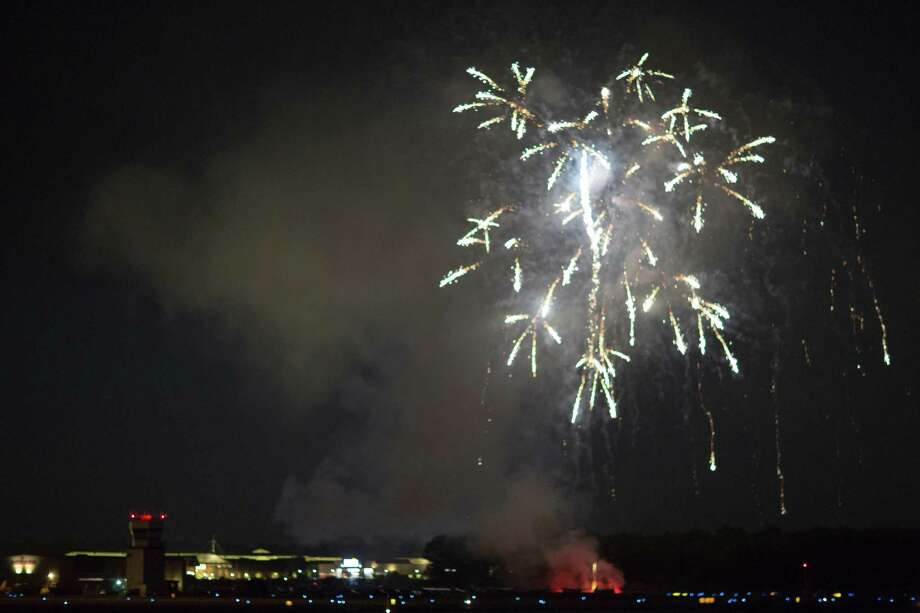 The firework in Danbury, seen from the hangars at the Danbury airport. Photo: Guido Warnecke