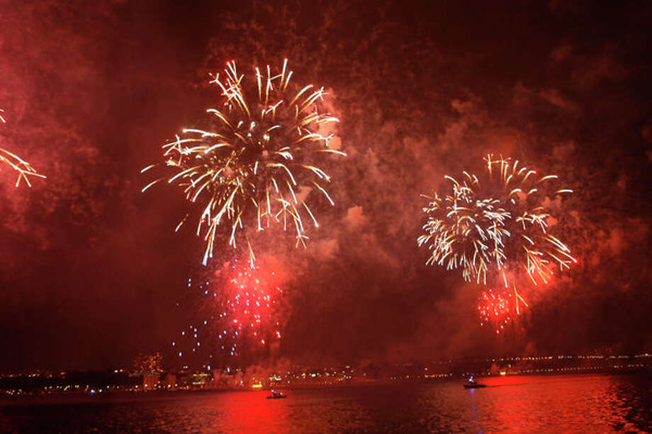 Macy's 4th of July Spectacular: For fireworks from farther afield, try New York's big show, hosted by Nick Cannon, with performances by his wife, Mariah Carey, Tim McGraw, Taylor Swift and Selena Gomez. 7 p.m., July 4th, NBC Photo: NBC, Will Hart/NBC / 2012 NBCUniversal Media, LLC.