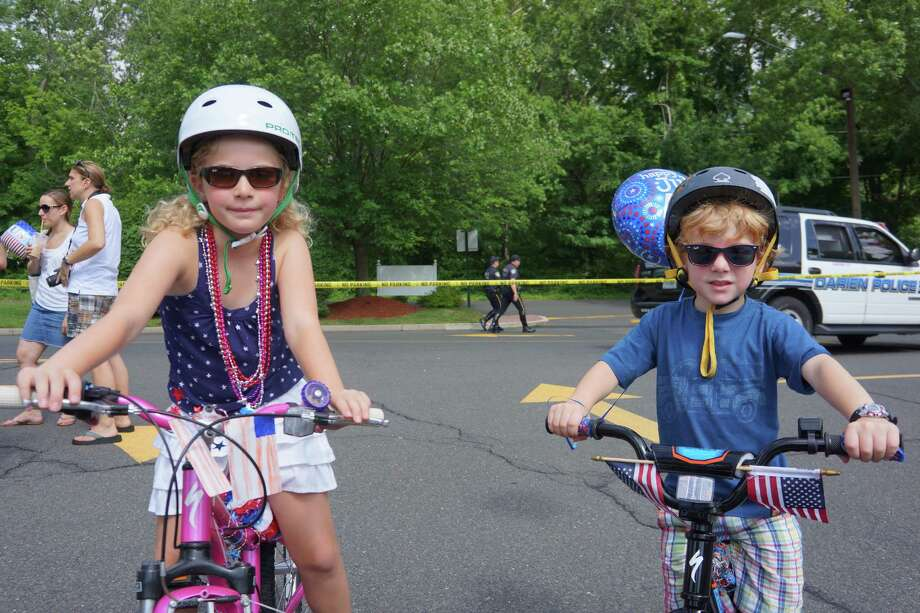 Charlot and Chaseton Palen were ready for the Push or Pull Parade in Darien. 7/4/2013 Photo: Todd Tracy/ Hearst Connecticut Media Group