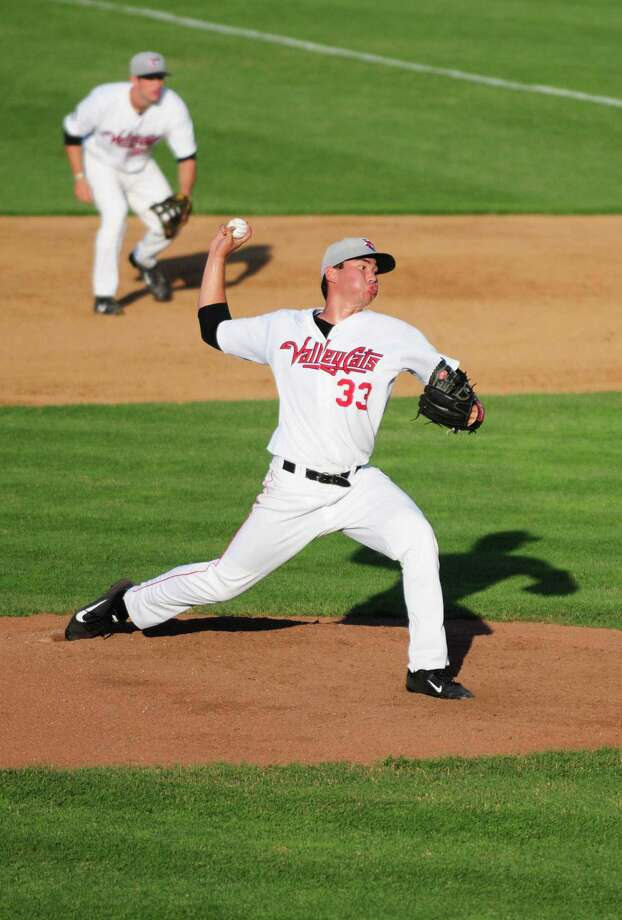 Tri-City ValleyCatsO pitcher Kevin Comer in action during the third inning against the Lowell Spinners Thursday afternoon, July 4, 2013, at Joe Bruno Stadium in Troy, N.Y. (Will Waldron/Times Union) Photo: WILL WALDRON / 00023056A